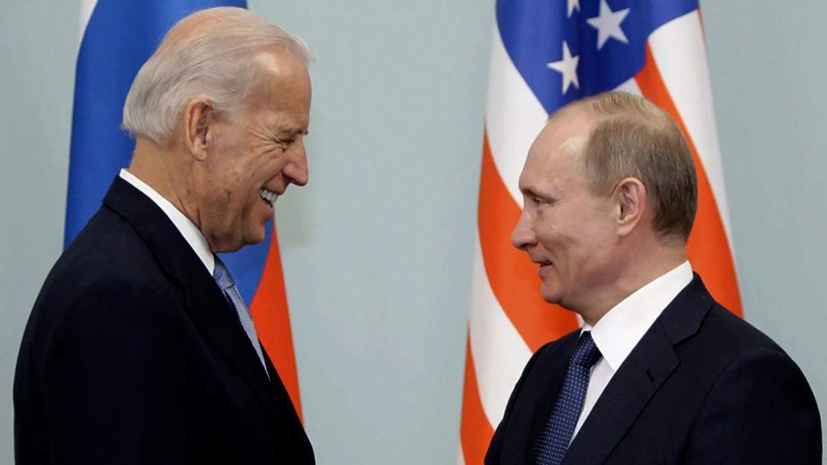 Между Байденом и Путинsv возникли разногласия по Украине