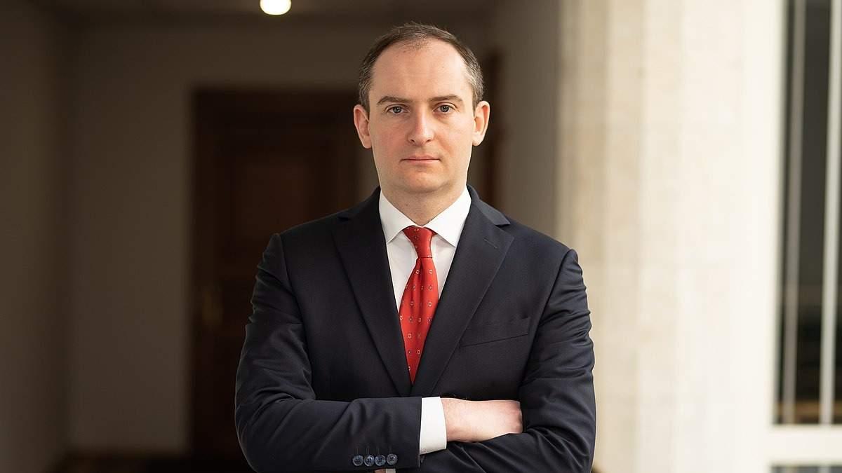 Ексголову податкової Верланова викликають на допит до НАБУ