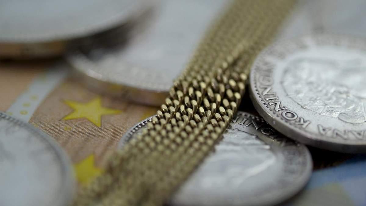 Тайно перевозил тысячи евро: в Молдове поймали российского дипломата
