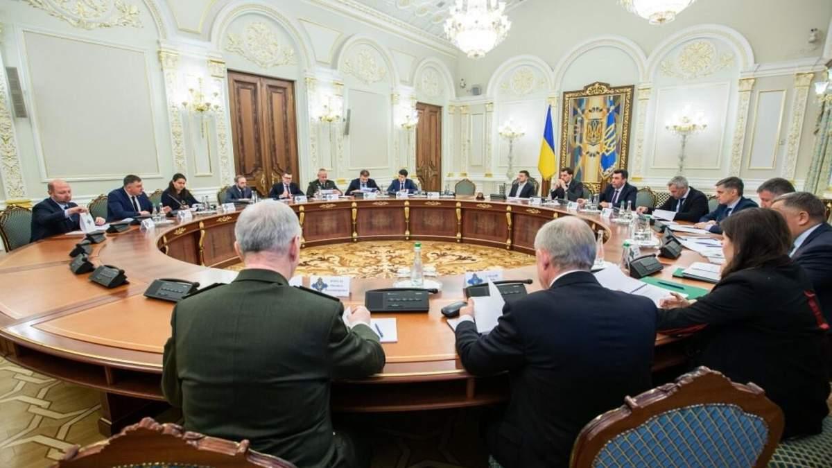 Рішення про санкції на канали Медведчука готували секретно, – Лещенко