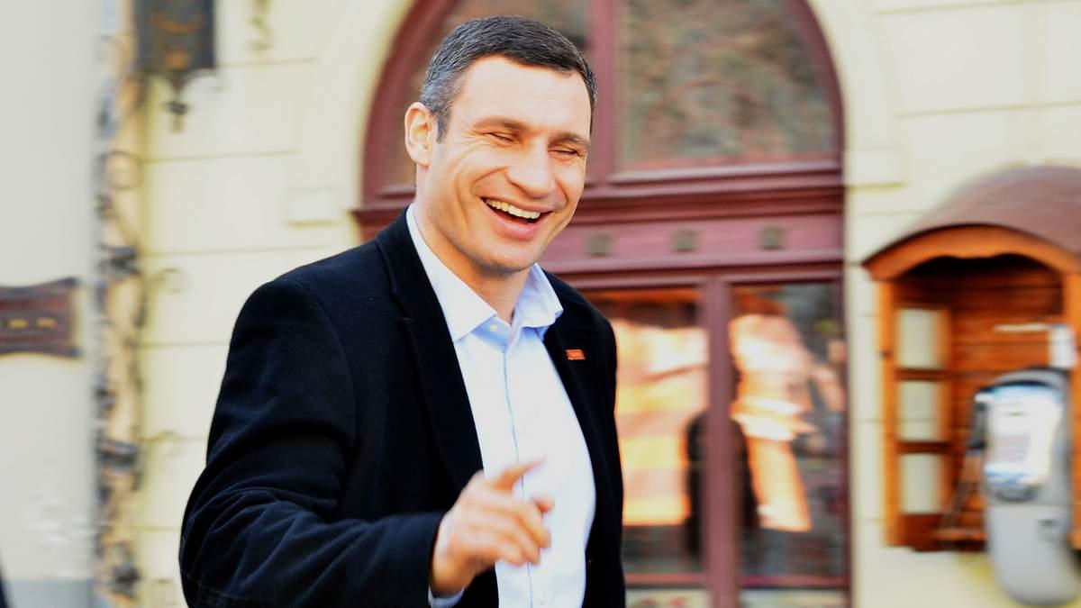 Кому из политиков украинцы доверяют более всего: какой рейтинг доверия у Зеленского