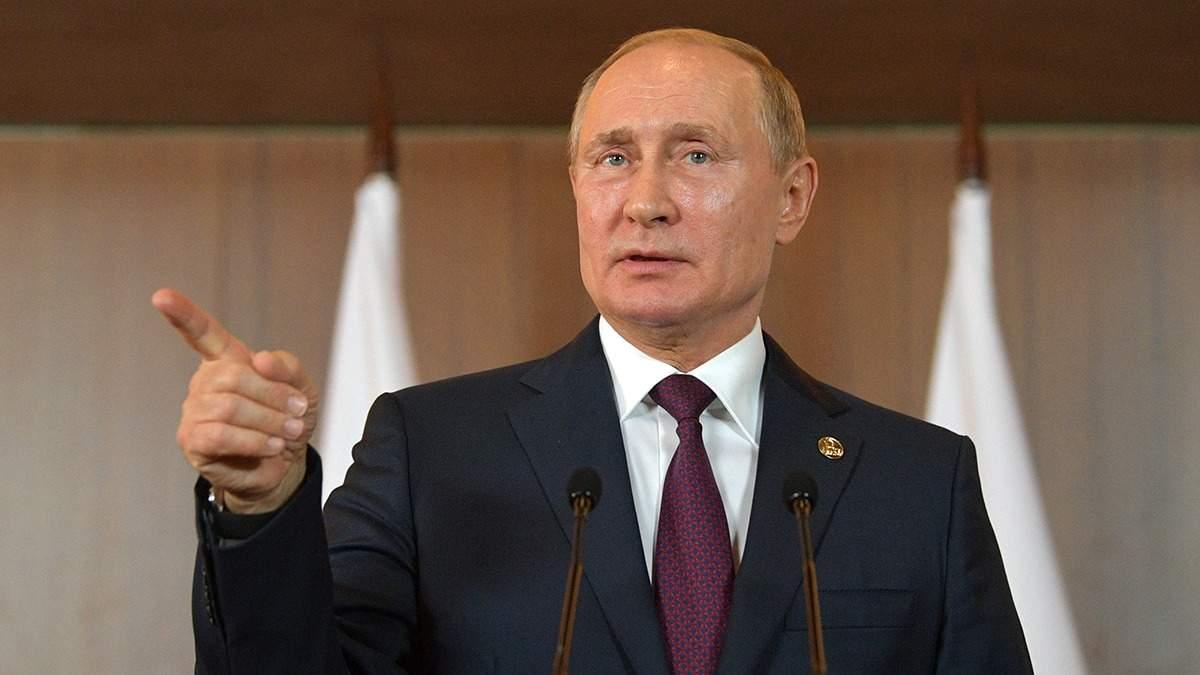 У Путина сетуют из-за закрытия каналов Медведчука