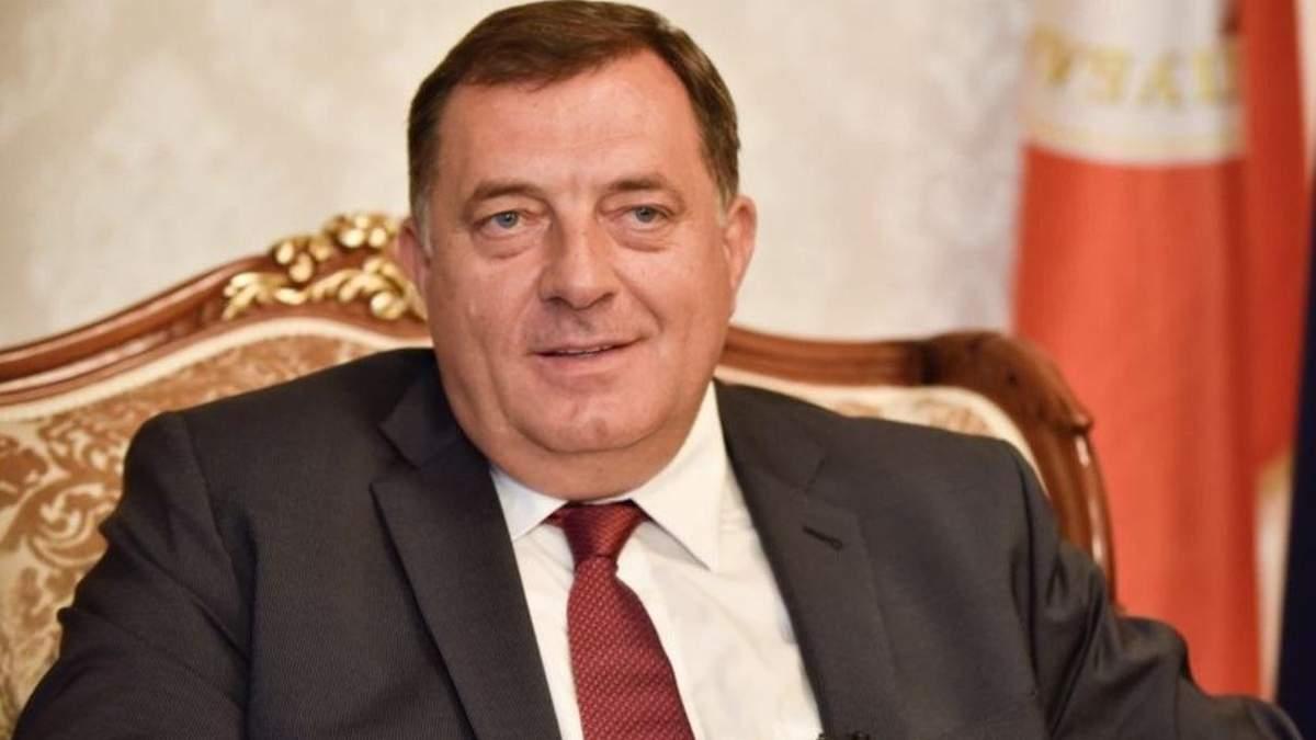 В Боснии допросили председателя президиума Додика по делу об иконе