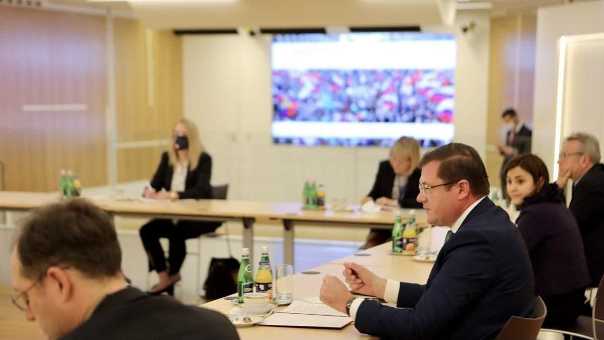 В Навального обсудили с США и ЕС санкции против окружения Путина