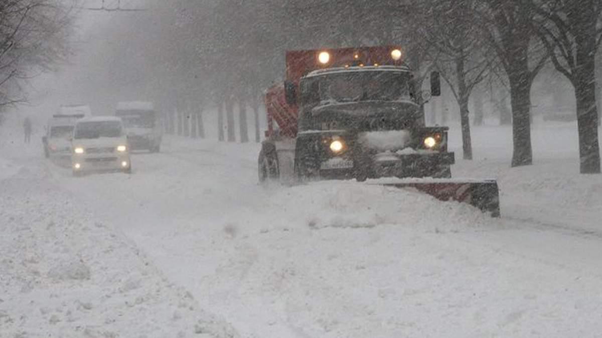 В Киеве ввели оперативное положение: транспорт движется не по графику
