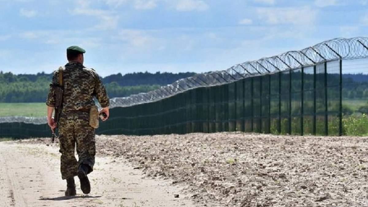 Кордон з Росією укріпили і без стіни Яценюка, – Дейнеко