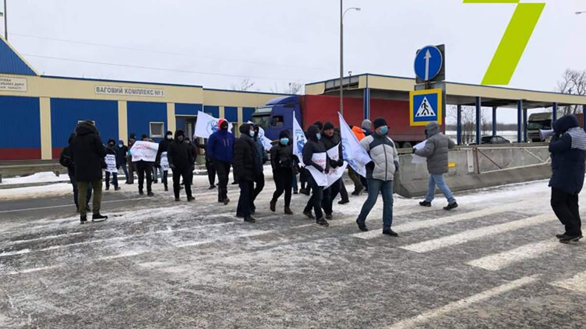 В Одесі моряки протестують проти корупції: перекрили київську трасу