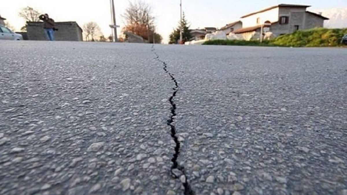 Землетрясение в Японии 13 февраля 2021: угроза цунами – видео