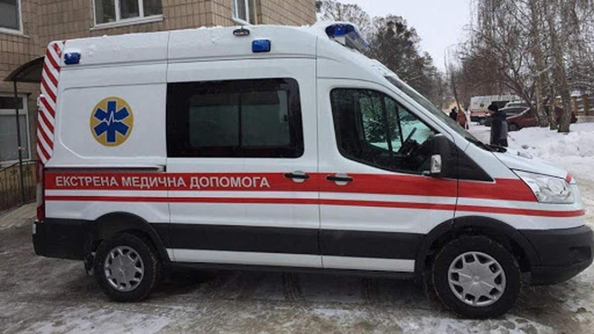 У Києві лікарі врятували 26-річну жінку, яка народжувала вдома