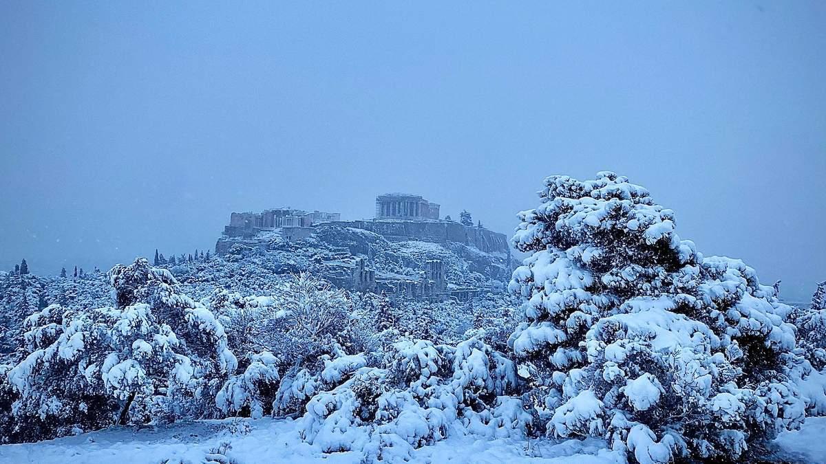 Снегопад в Афинах, Греция 16.02.2021: фото, видео непогоды