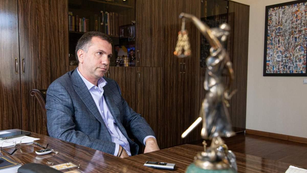 Председателя Окружного админсуда Павла Вовка снова не доставили в ВАКС
