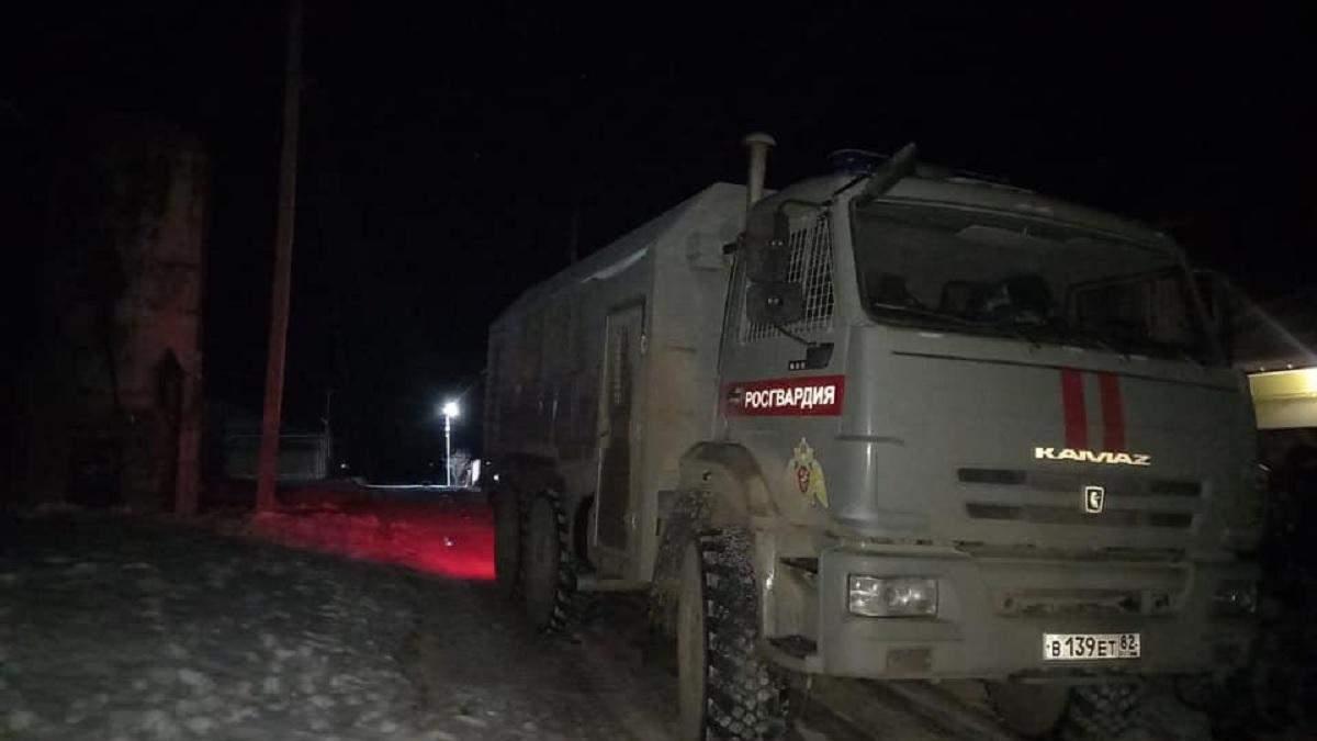 Оккупанты пришли с обысками к крымским татарам 17.02.2021
