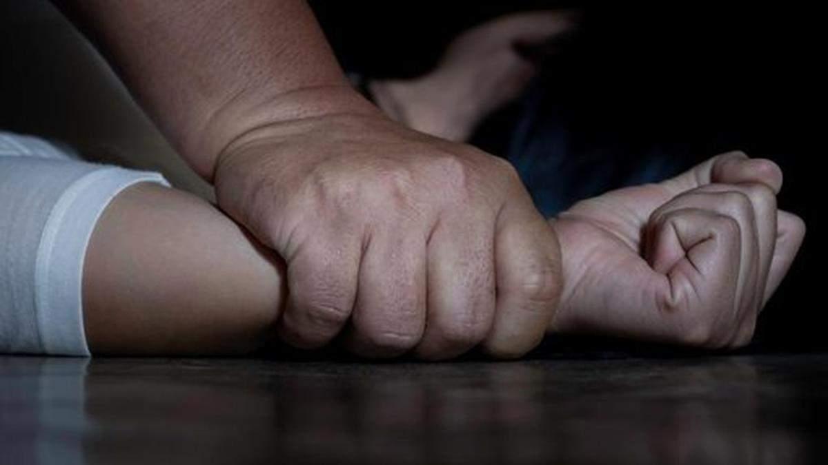 Поліцейські Києва затримали ґвалтівників школяра та 18-річного хлопця