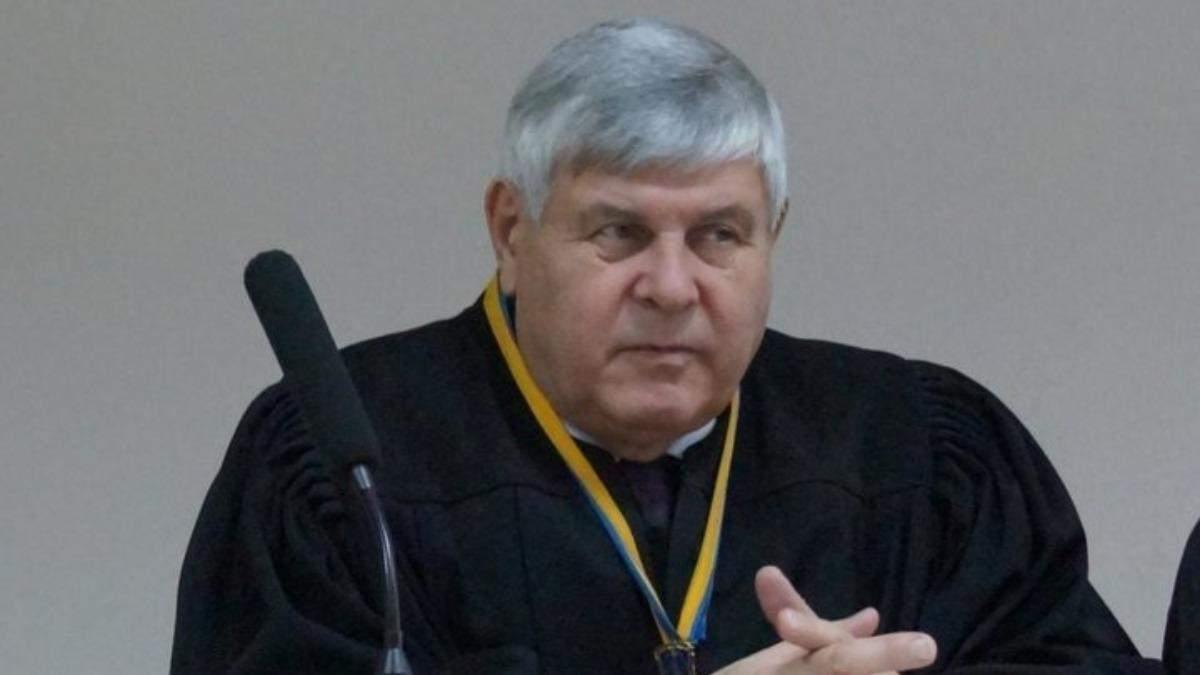 Хотел отмазать пьяного водителя: судья получил 2 лет тюрьмы