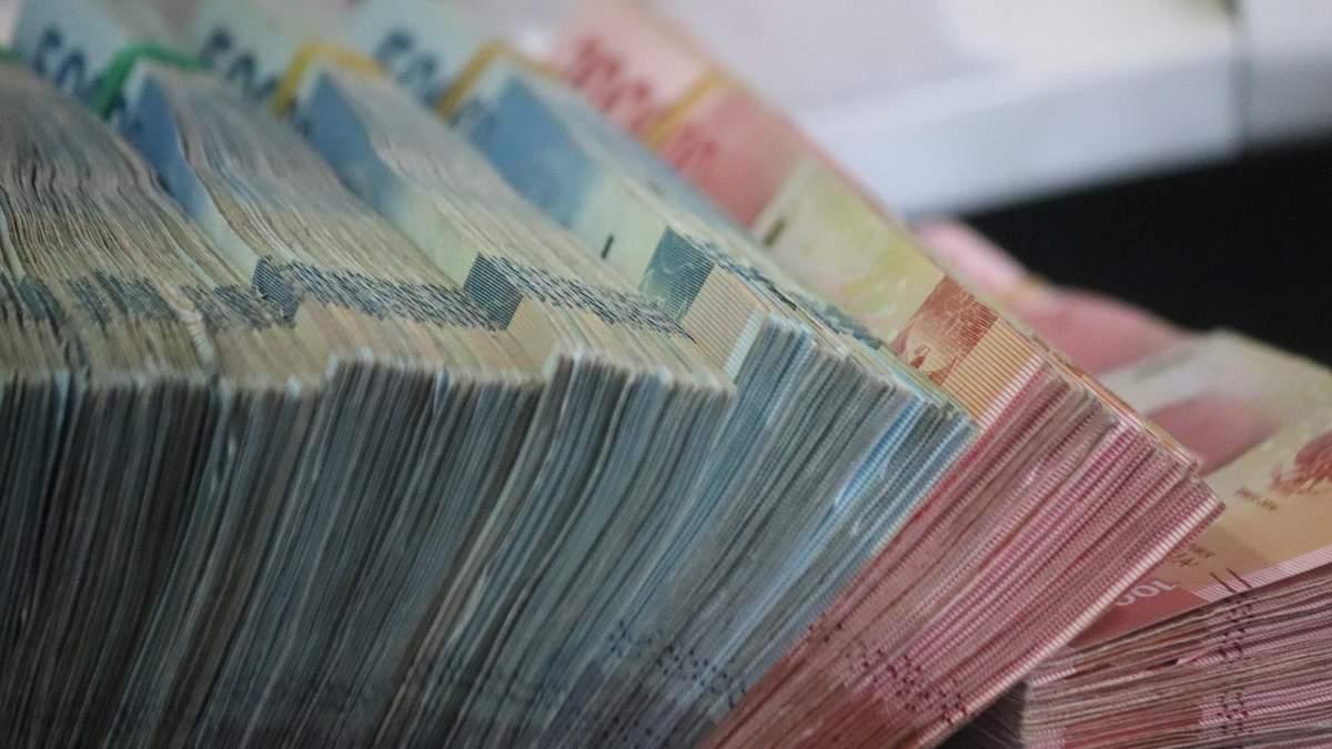 Юрій Іванющенко не має ніякого відношення до конфіскованих в Латвії грошей, – адвокат