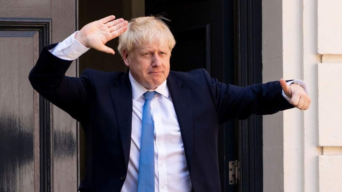 У Британії запропонують усім дорослим щеплення від COVID-19