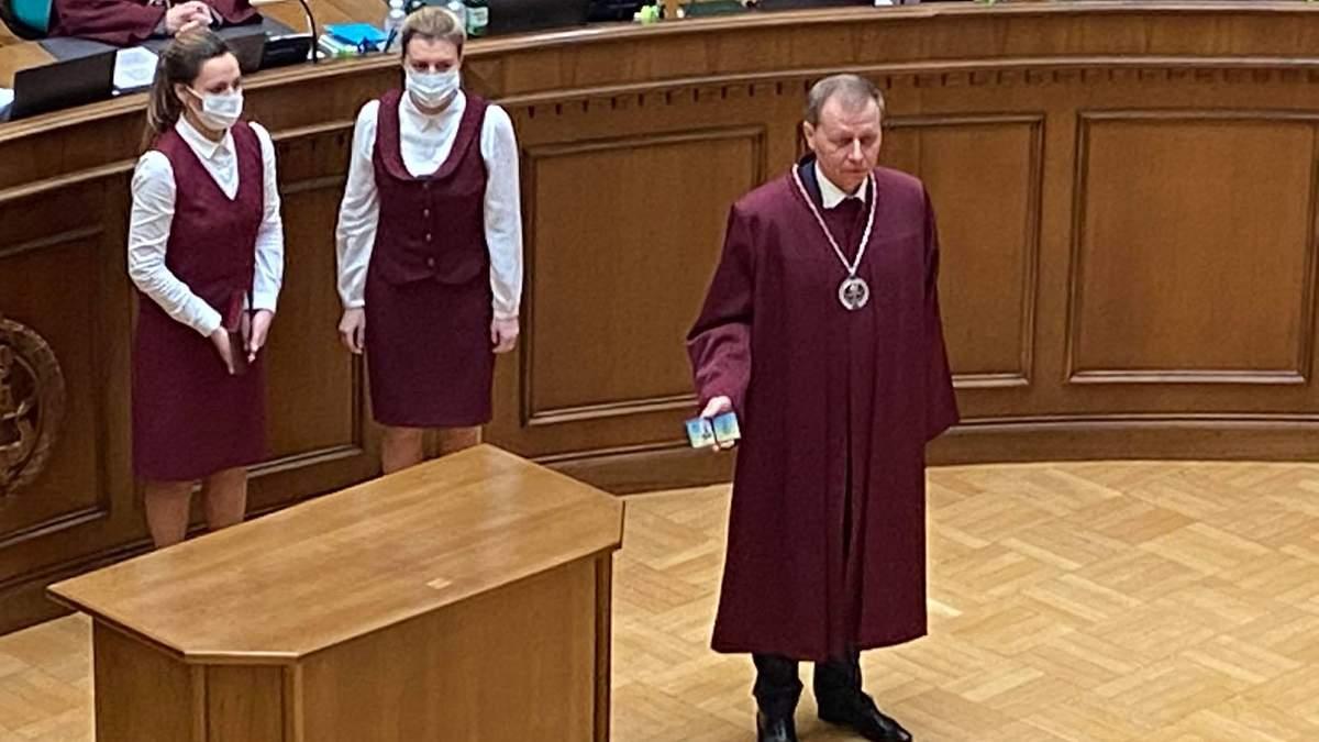 Віктор Кичун 24 лютого 2021 офіційно став суддею Конституційного Суду: фото