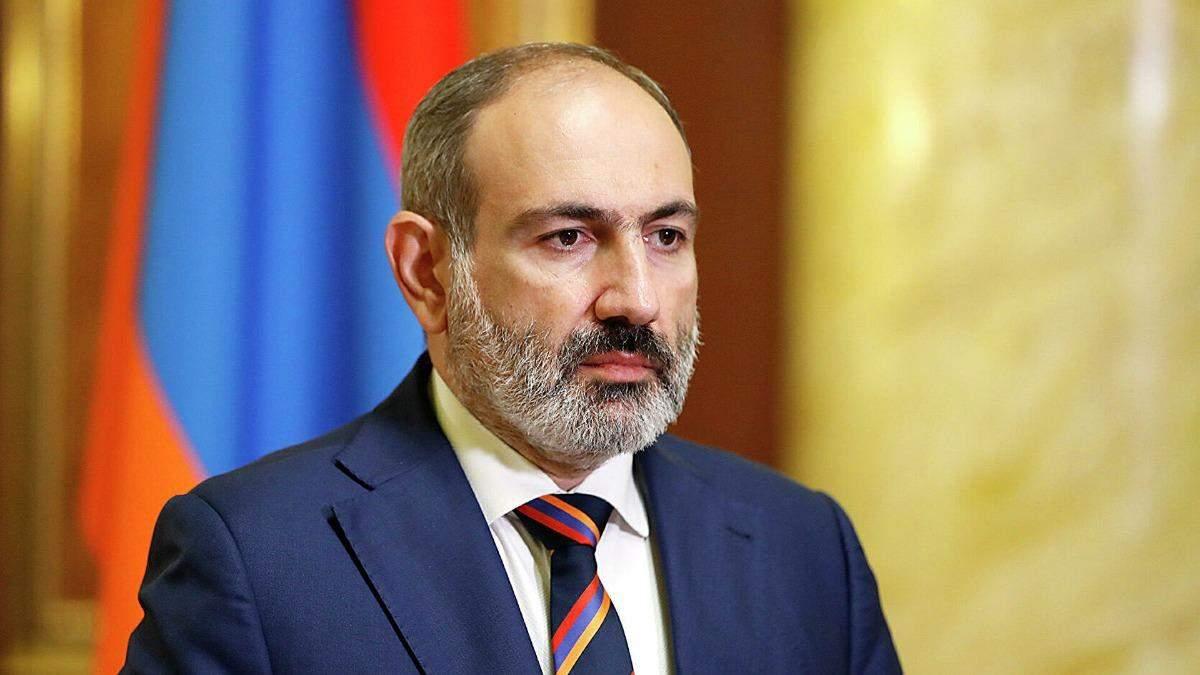 Пашинян заявив про держпереворот у Вірменії: армія вимагає відставки