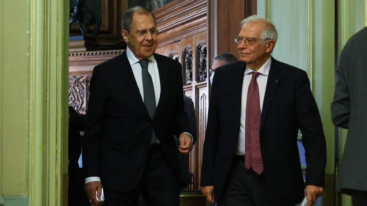 Боррель розповів подробиці закритих перемовин із Лавровим у Москві