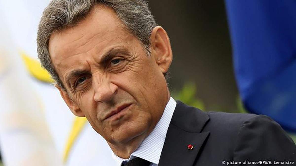 Саркози будет отбывать наказание дома с браслетом, а не в тюрьме, – Шкиль