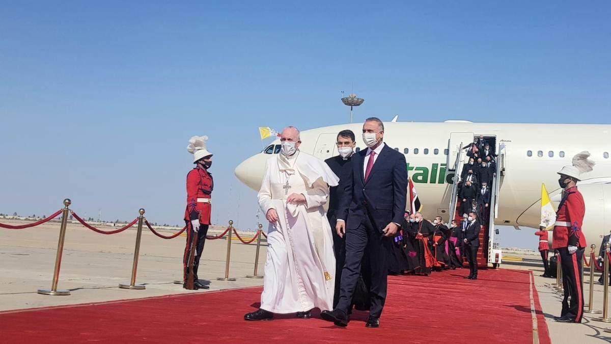 Папа Римський Франциск вперше за історію церкви відвідав Ірак