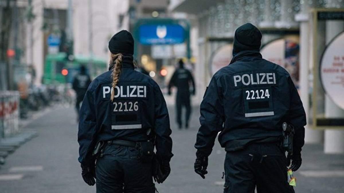Полиция Цюрихе разогнала феминистическую демонстрацию слезоточивым газом
