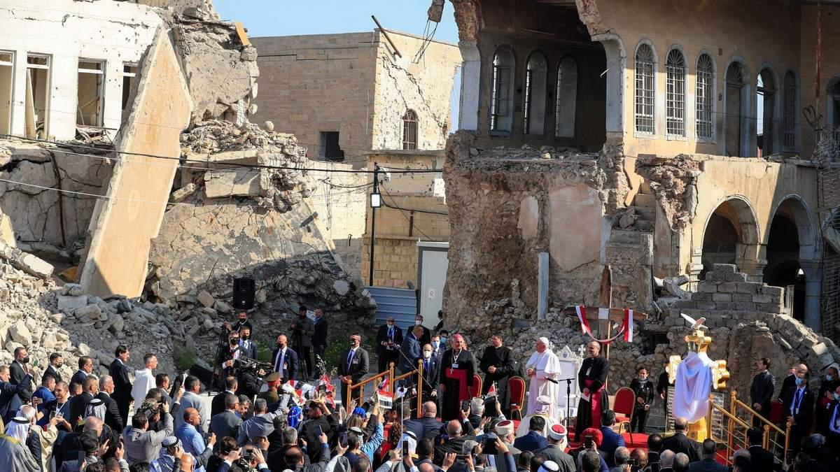 Папа Римский выступил в столице ИГИЛ: фото, видео
