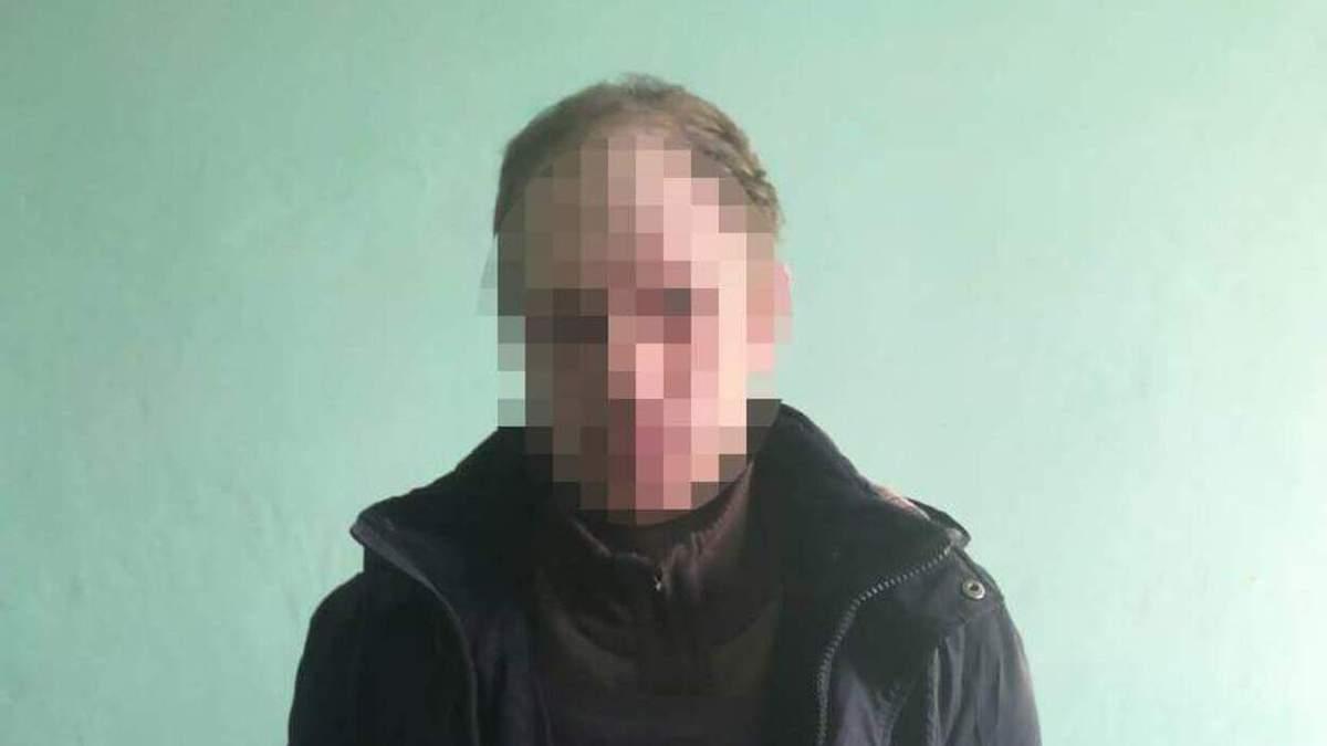 Допоміг зайти додому і зарізав: на Львівщині чоловік жорстоко вбив пенсіонера – фото