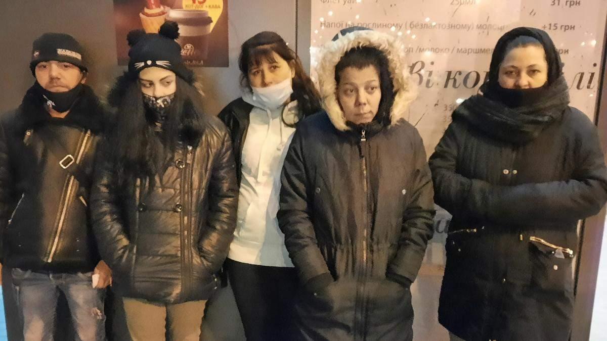 В Киеве ромы обокрали ветерана, но он их задержал