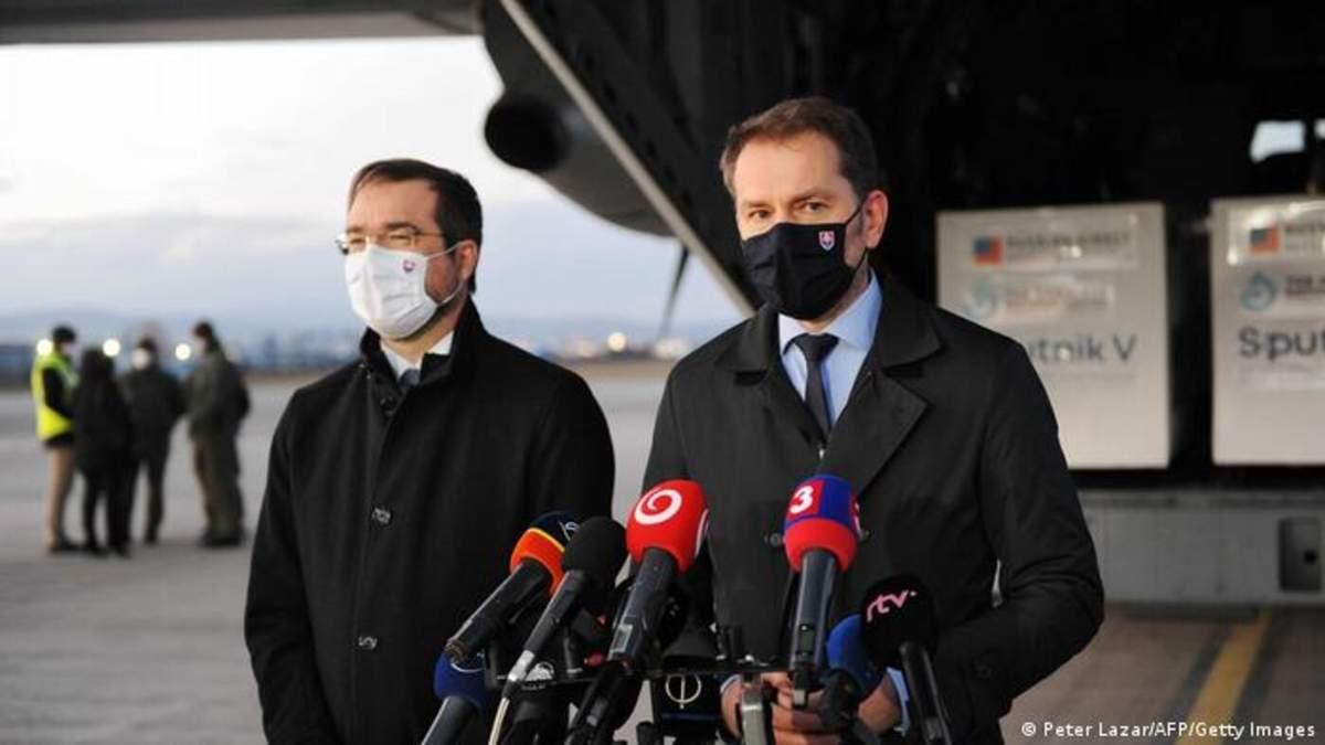 Главу МОЗ Словакии уволили из тайную закупку Спутника V