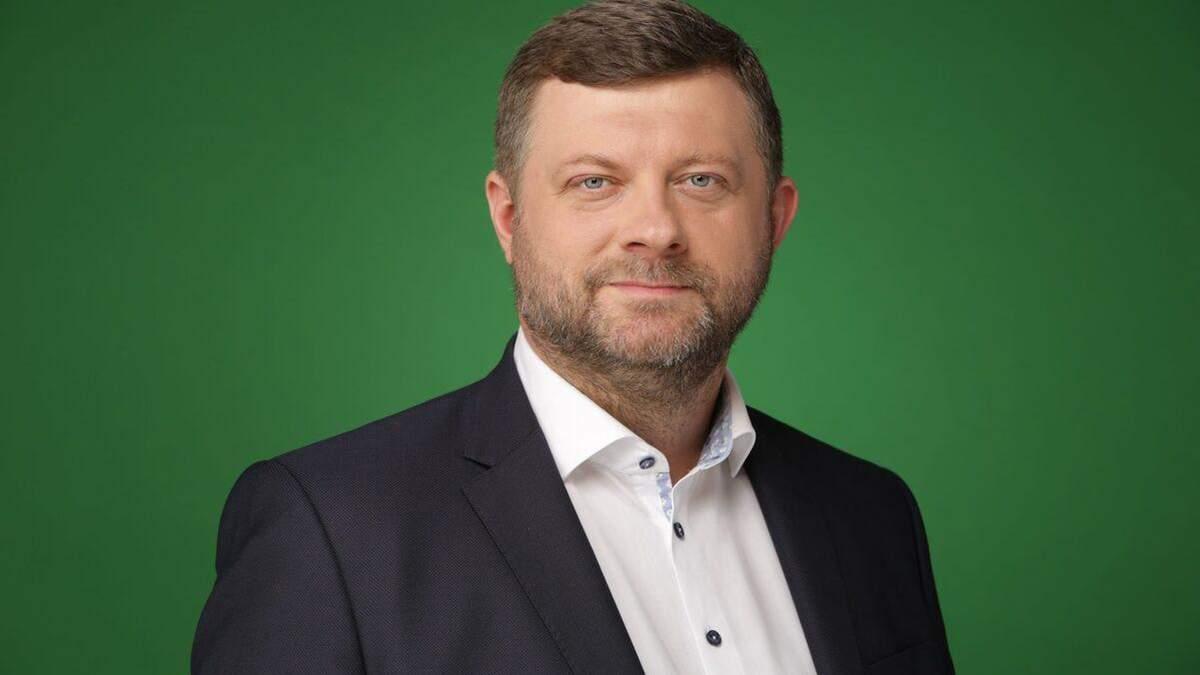 Корнієнко пояснив, чому Дубінського не виключити з партії Слуга народу