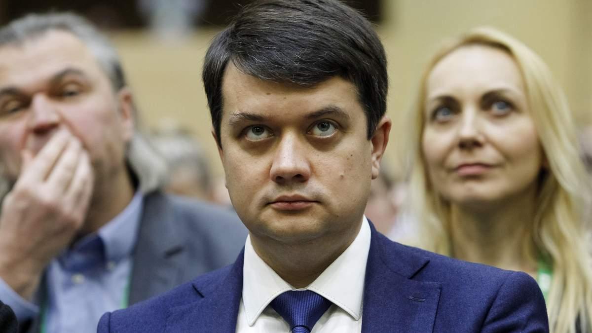 Разумков сомневается в о ответственности за Харьковские соглашения