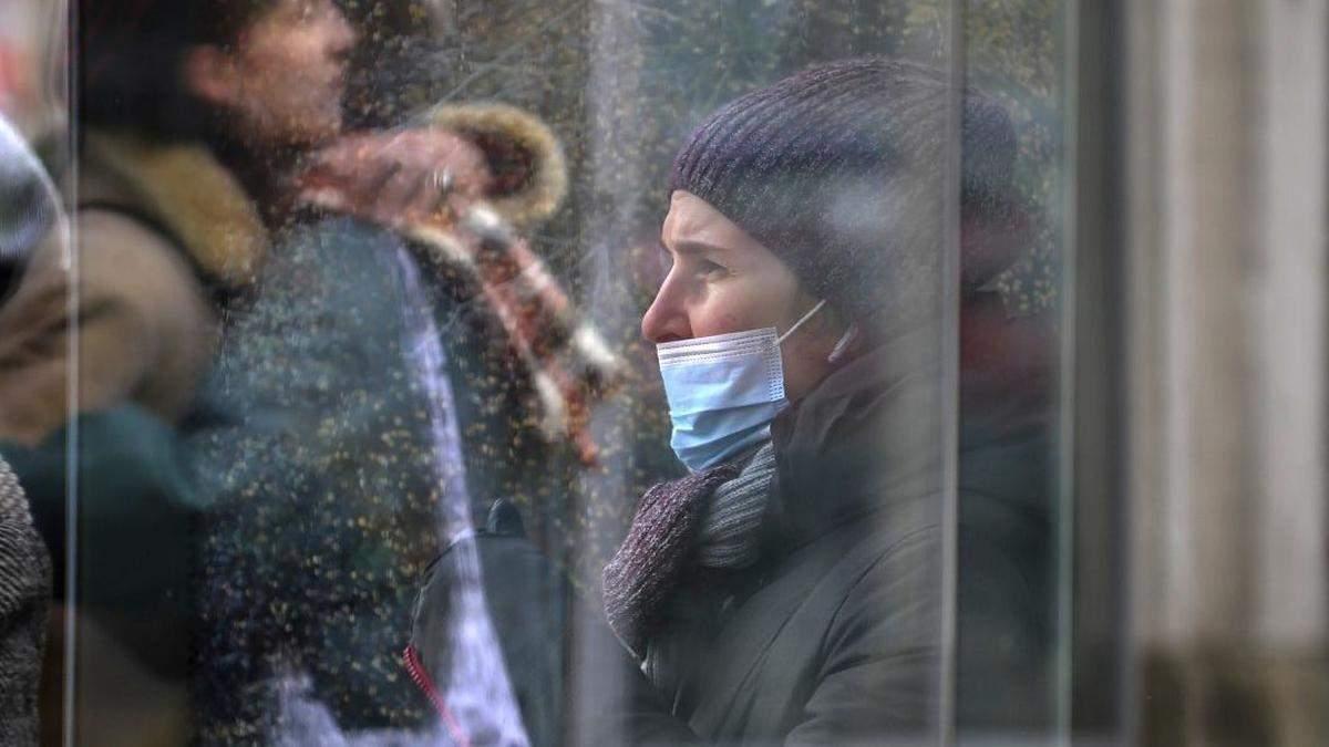У Києві за добу виявили понад тисячу нових хворих на COVID-19