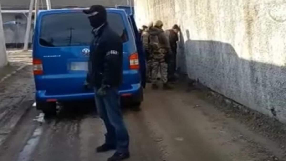 Боевика задержали в Харьковской области: что известно, видео