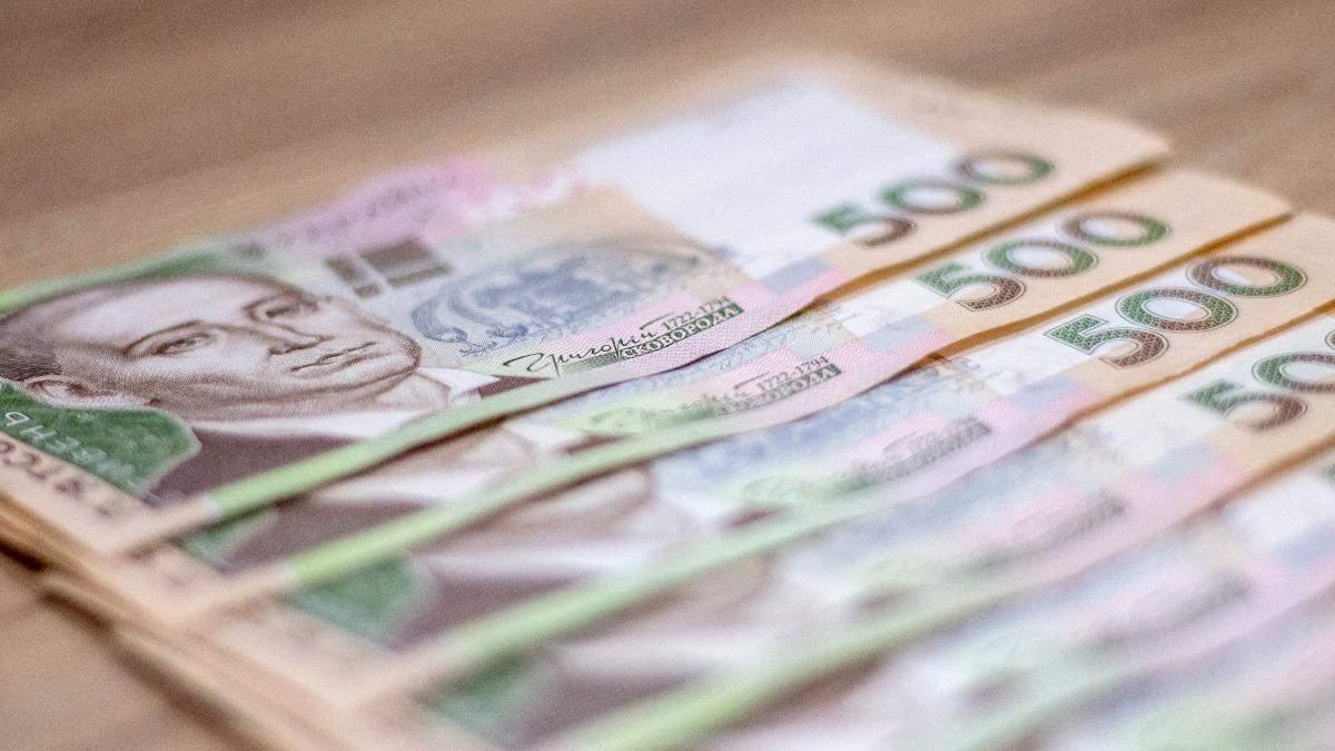 Предпринимателям снова хотят выплатить по 8000 из-за карантина
