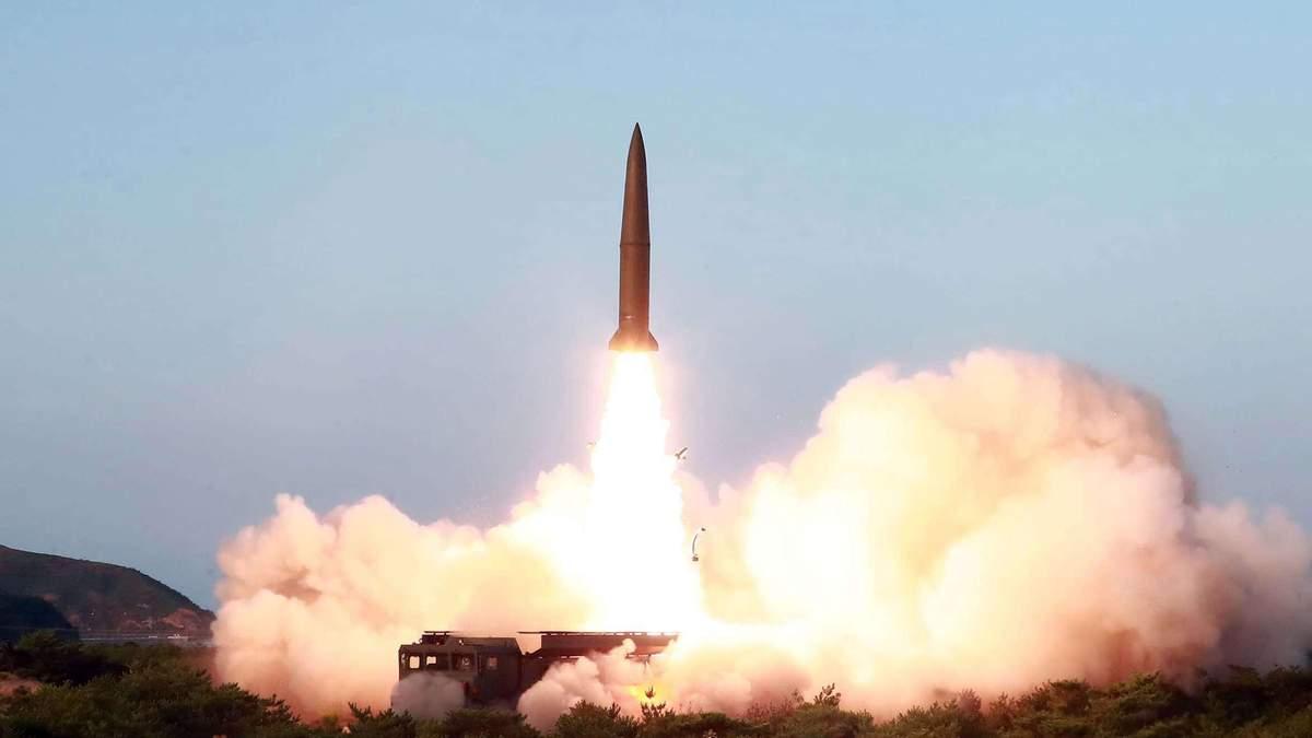 Влада КНДР почала виправдовуватися за запуск балістичних ракет