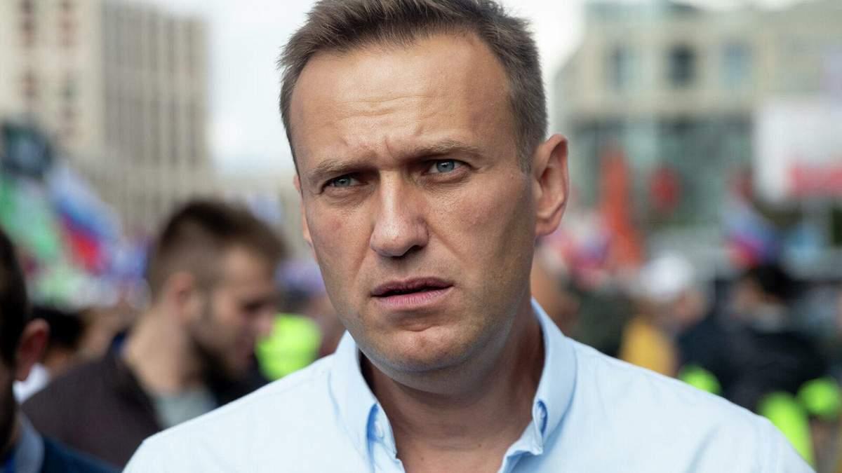 Врачи требуют предоставить медицинскую помощь Навальному