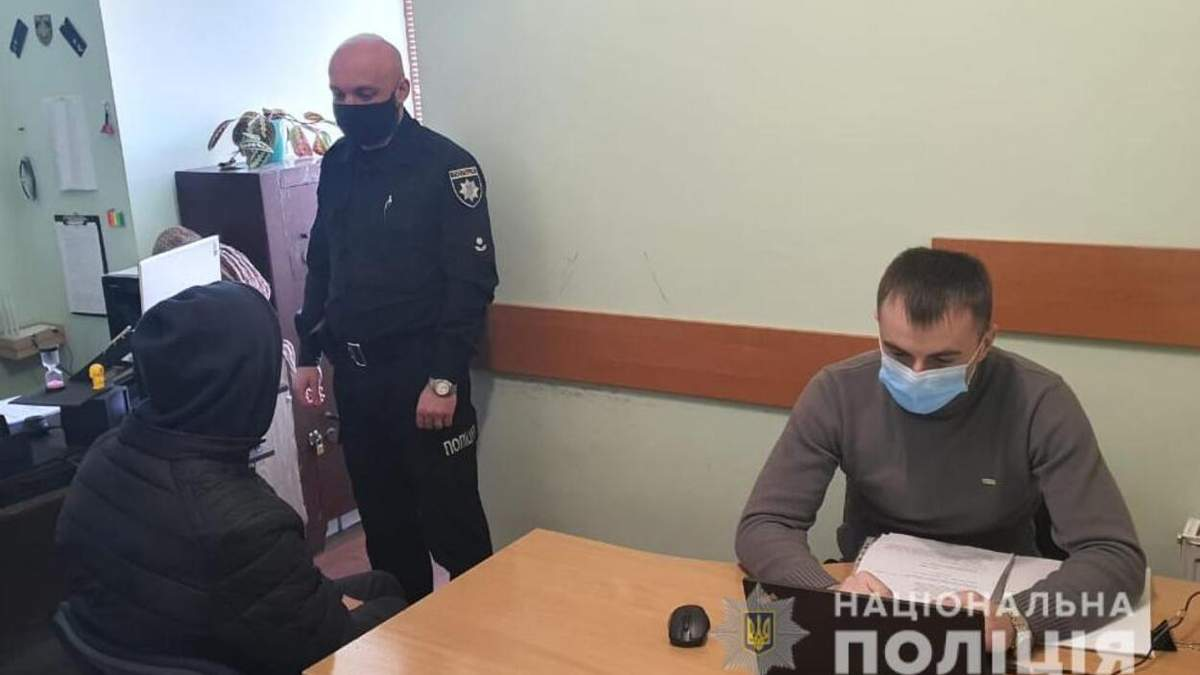 Вдарив палицею по голові: на Львівщині чоловік вбив молодшого брата
