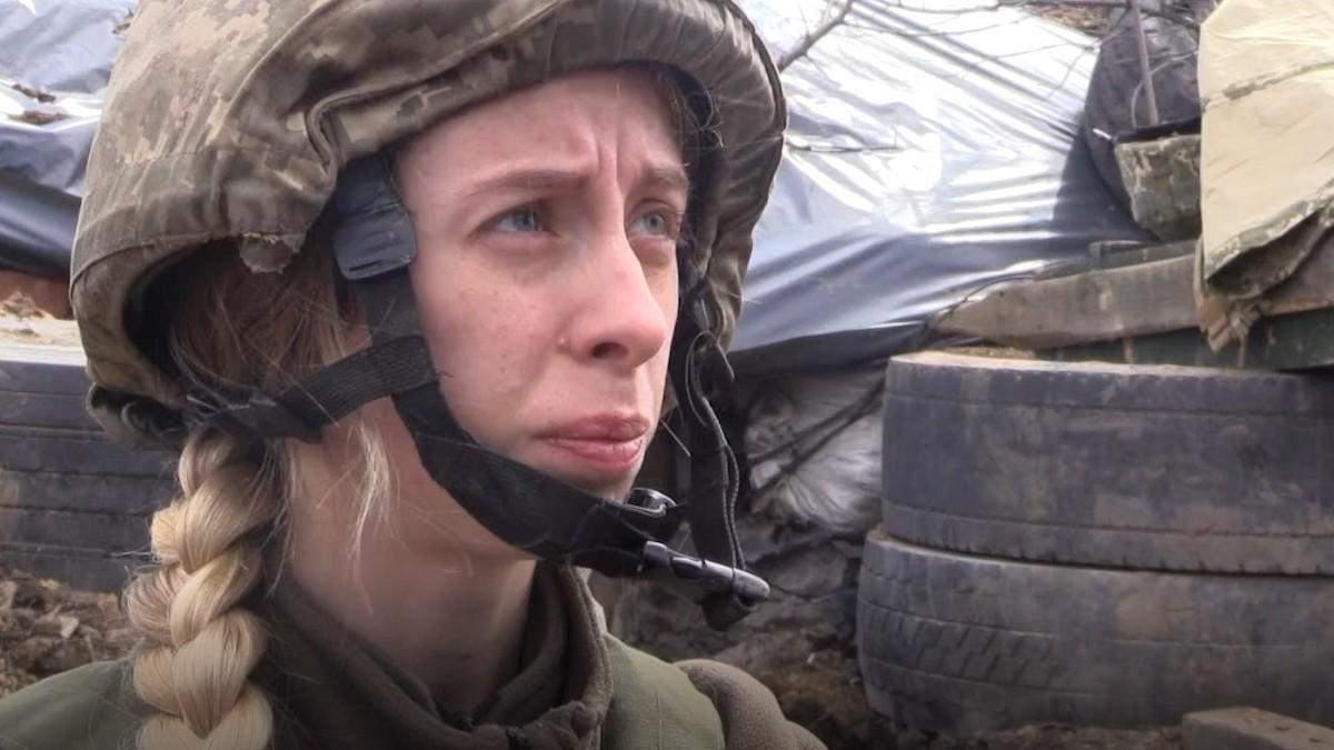 Під Шумами військова медикиня відтягла пораненого бійця з-під обстрілу