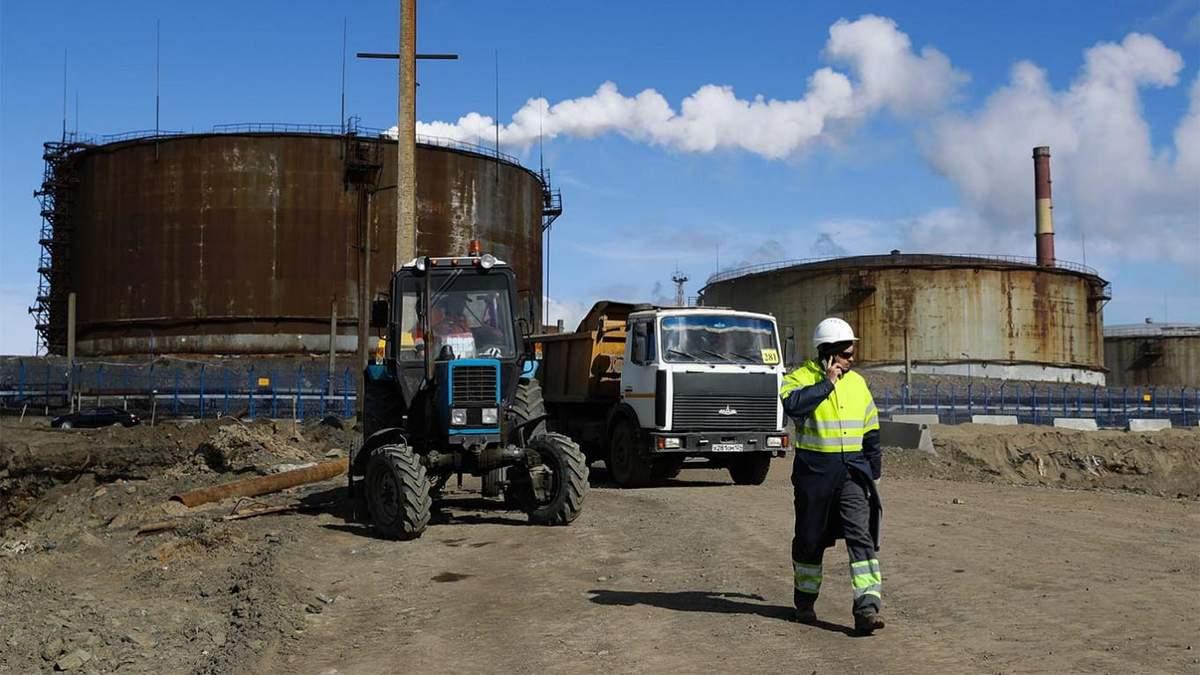 Россия скрывает проблемы с разливом нефти