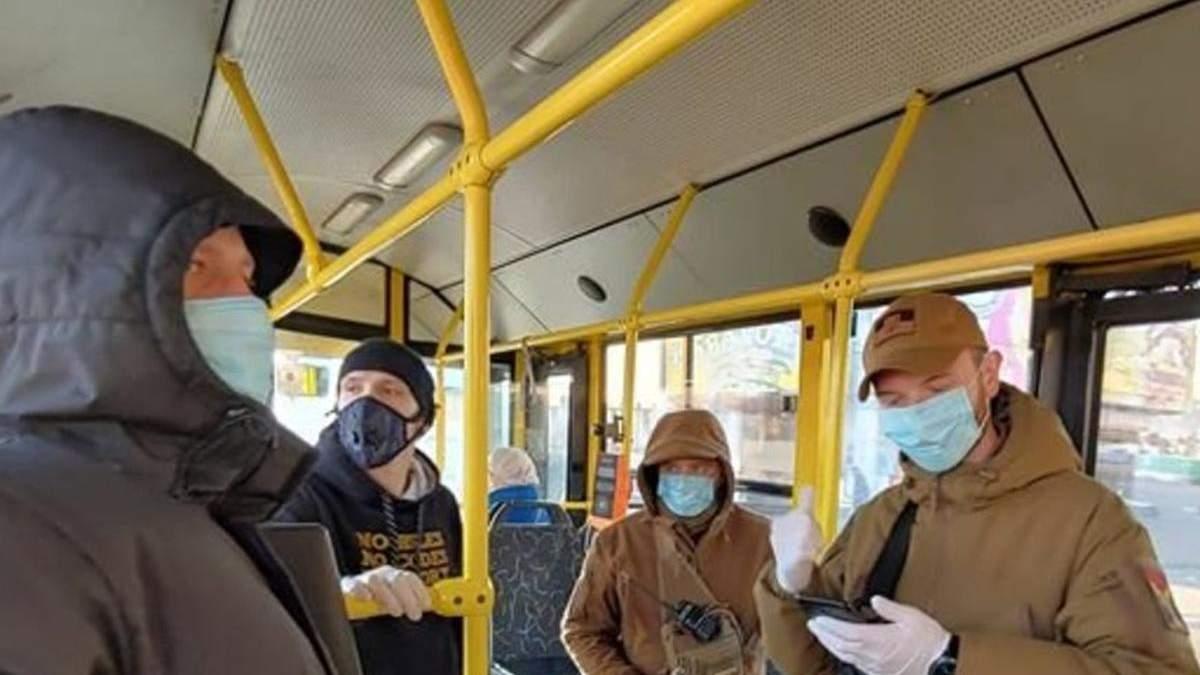 У Києві закриють метро, інший транспорт, школи і садочки з 5 квітня 2021