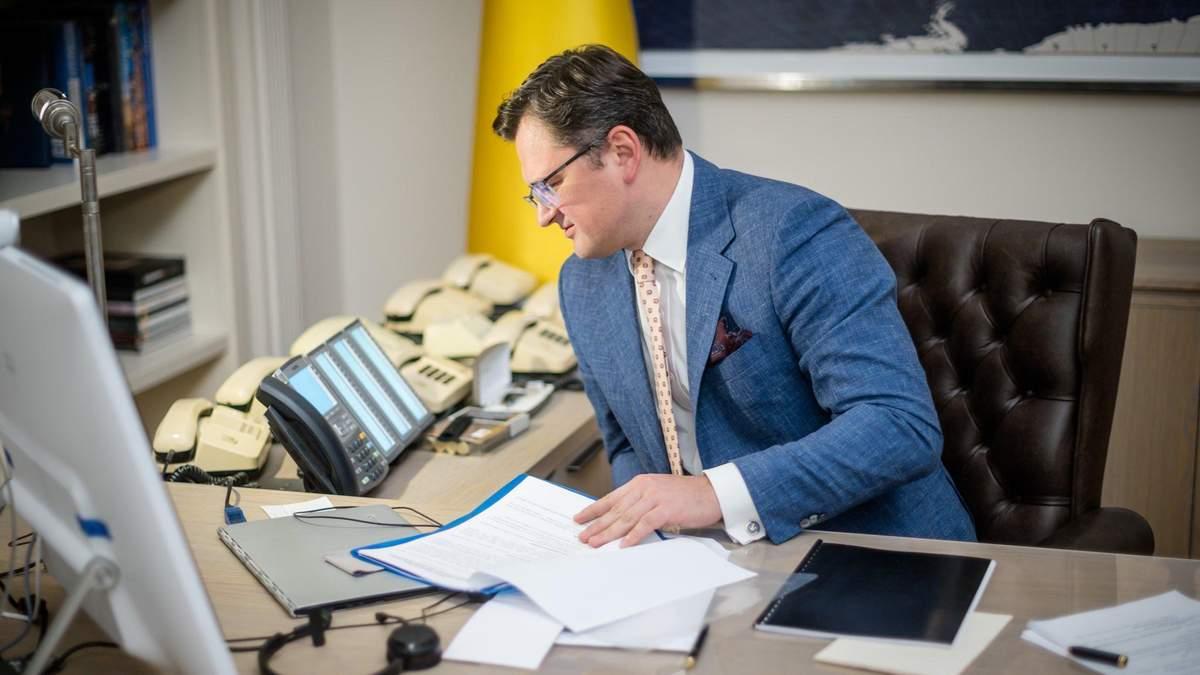 Кулеба поговорив з держсекретарем США про загострення на Донбасі