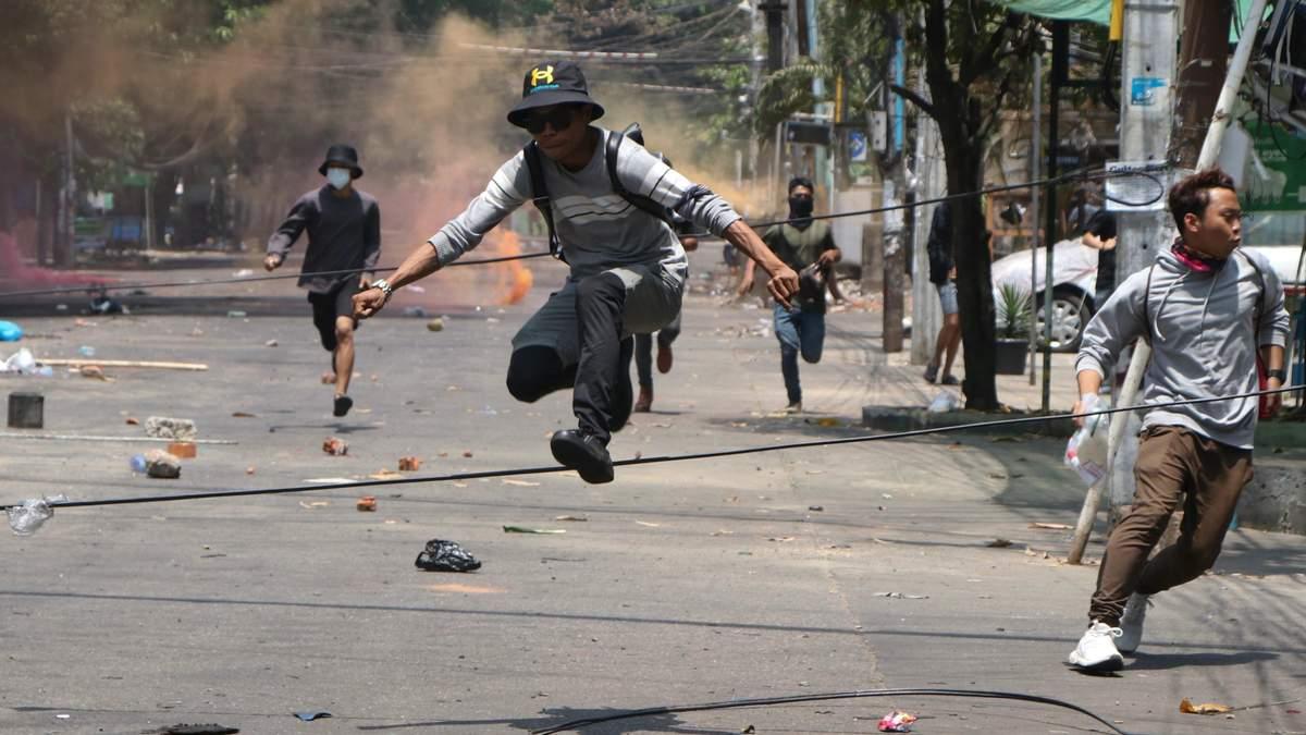В Мьянме растет вероятность гражданской войны, – ООН