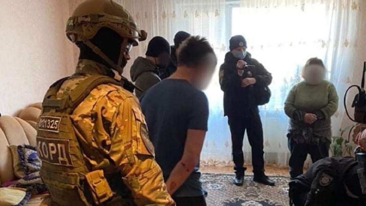На Луганщині знайшли чоловіка, що кинув у поліцію гранату