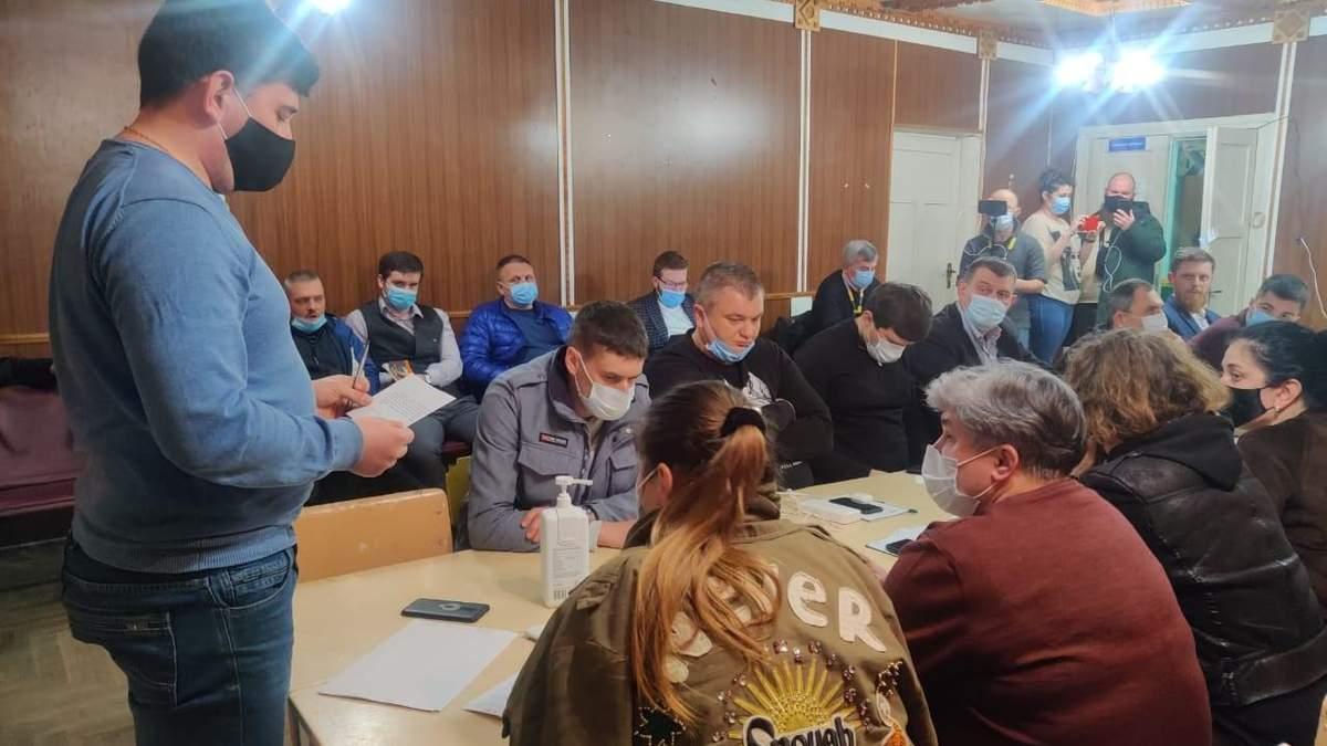На Прикарпатті на дільниці 87 відновили підрахунок голосів
