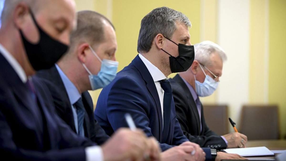 В Зеленского обсудили с представителем НАТО сдерживания войск РФ