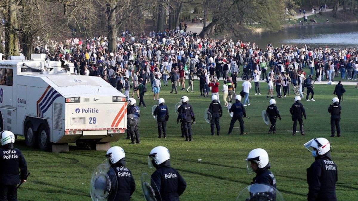 Шутка к 1 апреля привела к массовым беспорядкам в Брюсселе: фото,видео