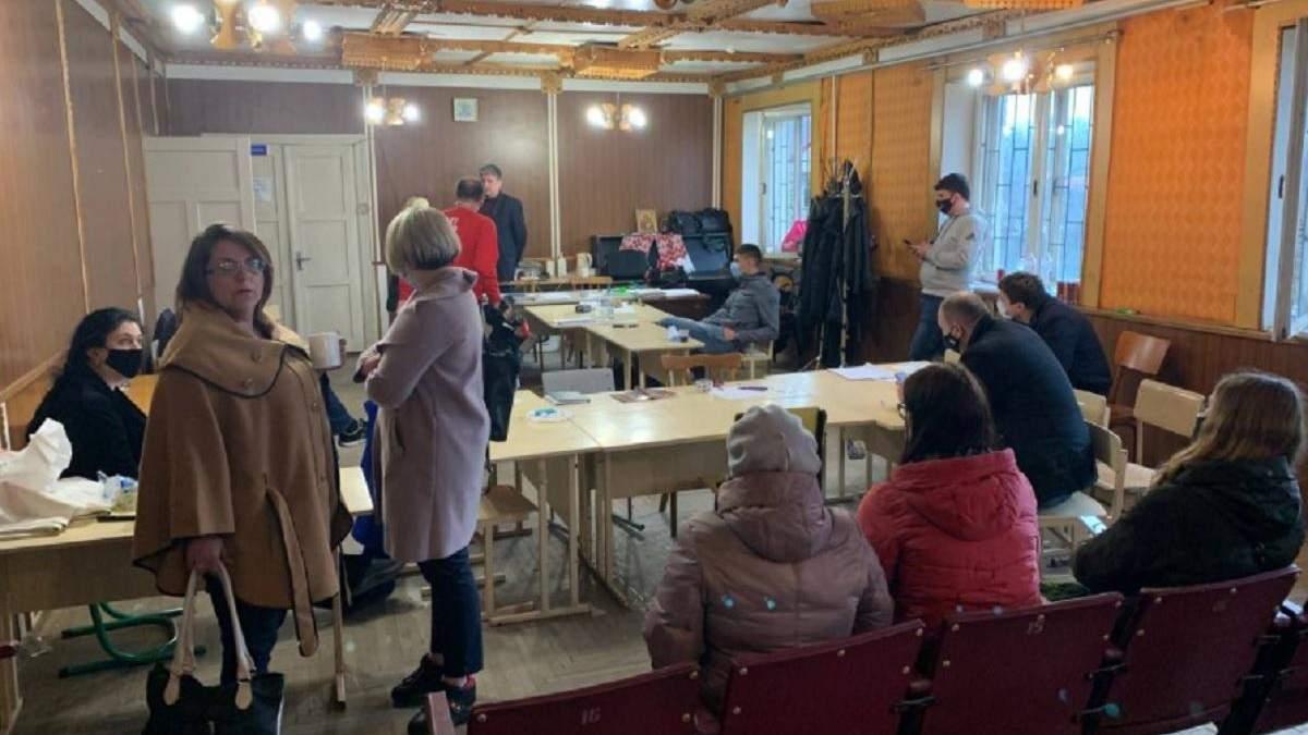 Голосування на 2 дільницях округу №87 визнали недійсним