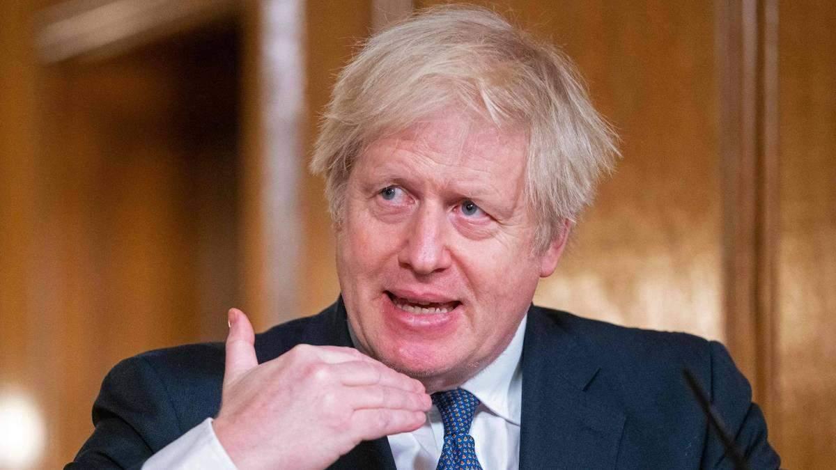 Британія занепокоєна активізацією агресії Росії щодо України – Джонсон