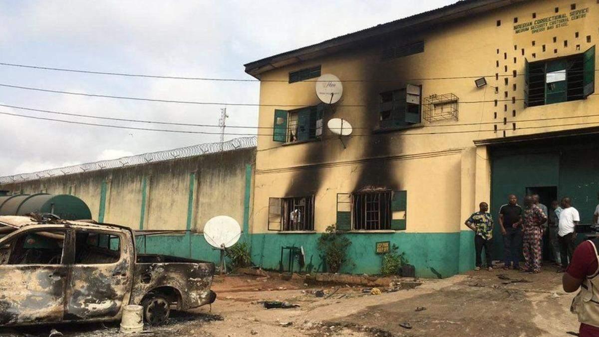 В Нигерии напали на тюрьму: почти 2 тысячи человек сбежали